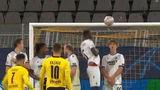Wat een goal: Jadon Sancho scoort fenomenale vrije trap tegen Club Brugge (VIDEO)