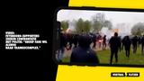 Beelden: Feyenoord-supporters raken slaags met politie en ME rondom trainingscomplex