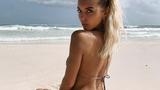 Vriendin van 'potentiële' Oranje-international gaat topless